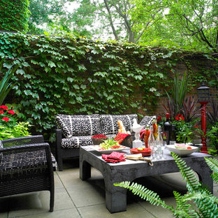 Example of a trendy patio design in Toronto with no cover
