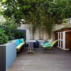 modern patio by Chantel Elshout Design Consultancy