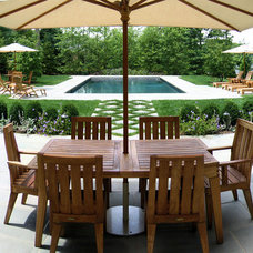 Traditional Patio by Harmony Design Group