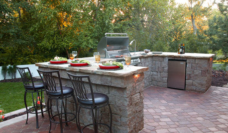 Your Guide to Grills and More for Great Outdoor Cooking