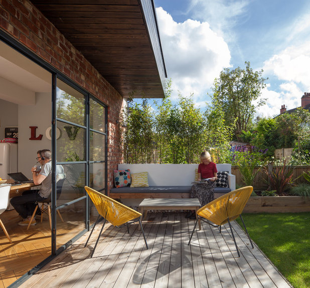 Contemporary Patio by Butterfield Architecture