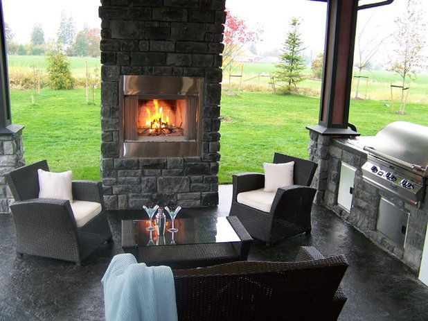 Traditional Patio by Clay Construction Inc.