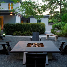 Contemporary Patio by Heynssens + Grassman, Inc.