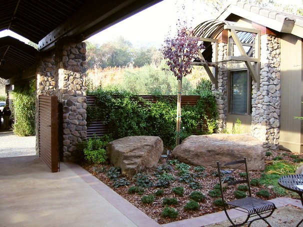 Modern Patio by Winder Gibson Architects