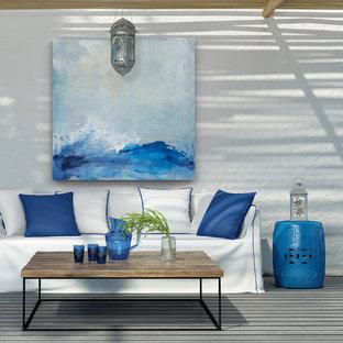 Imagen de patio marinero, grande, con entablado y pérgola