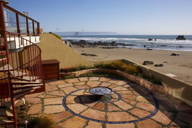 beach style patio by Jeffrey Gordon Smith Landscape Architecture