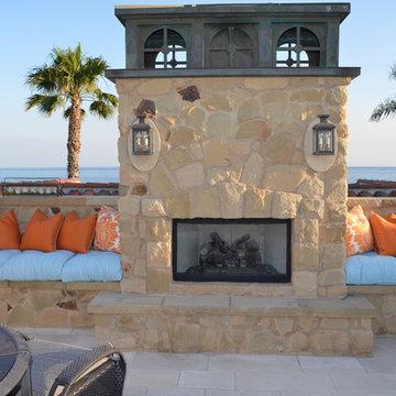 Coastal Retreat on the Balboa Peninsula