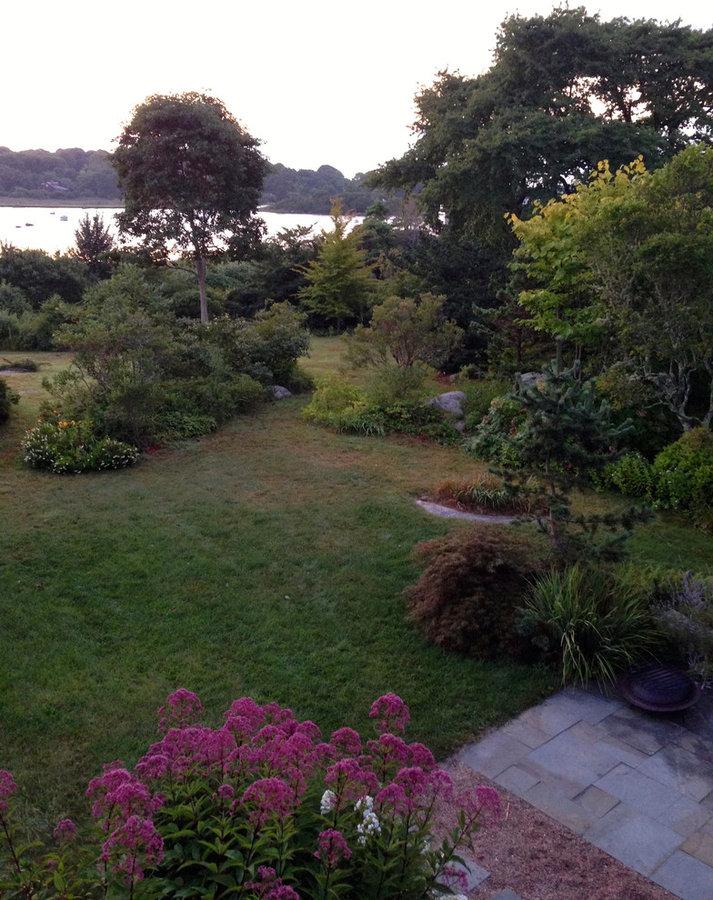 Coastal Rhode Island Garden: Salt Pond Friendly