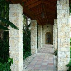 Mediterranean Patio by Bell Landscape Architecture Inc.