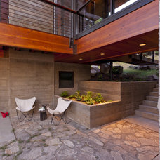 Modern Patio by Uptic Studios