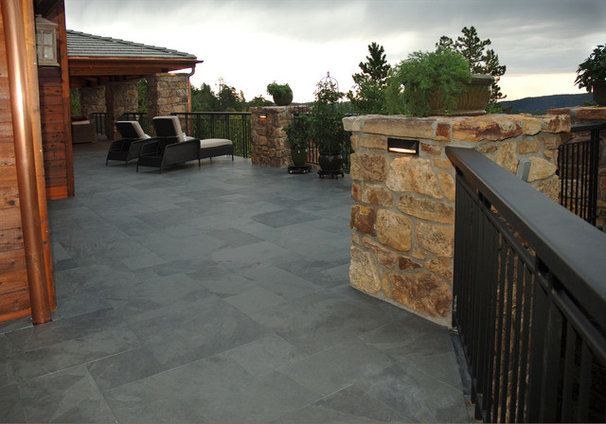 Traditional Patio by Rolling Ridge Deck & Outdoor Living Co.