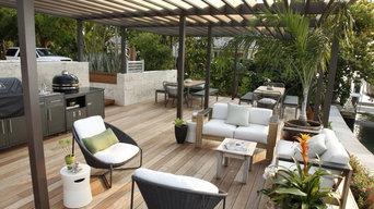 Contemporary Backyard Oasis