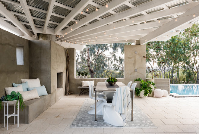 Beach Style Patio by BOXHILL