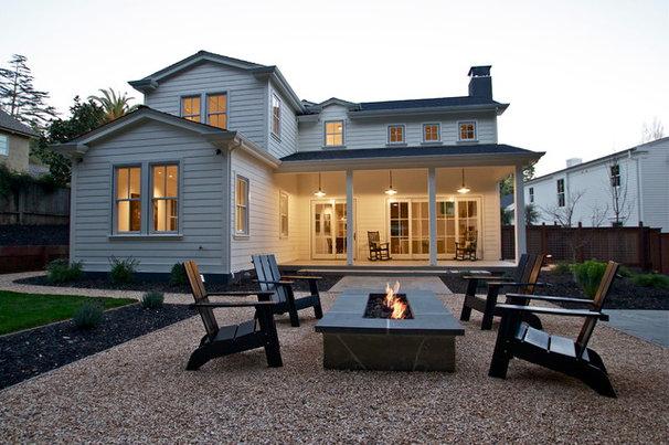 Farmhouse Patio by KCS, Inc.