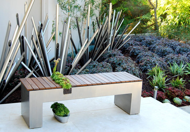 Modern Patio by Zeterre Landscape Architecture