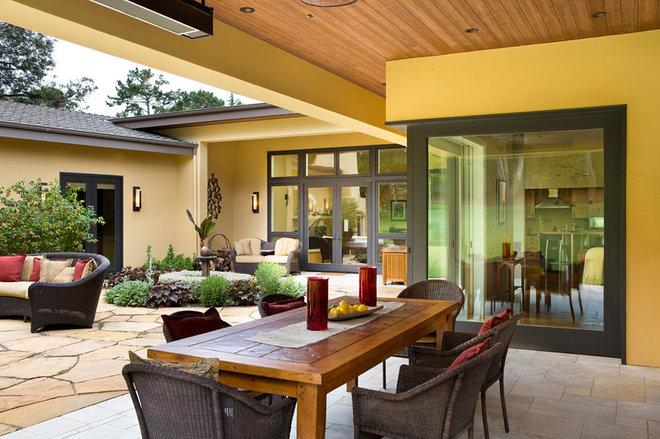 Contemporary Patio by Duxbury Architects