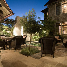 Contemporary Patio by Dungan Nequette Architects