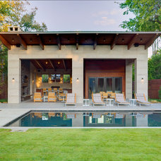 Contemporary Patio by Phillip Jennings Custom Homes