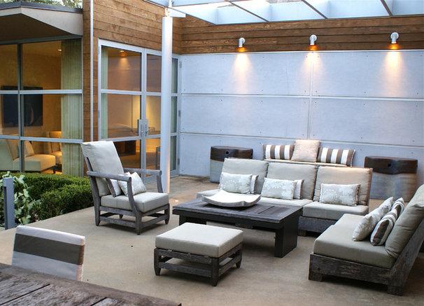 Contemporary Patio by SLIC Interiors