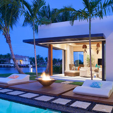 Tropical Patio by ibi designs