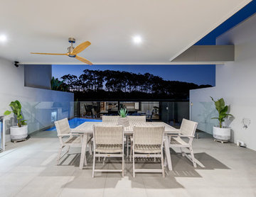 Contemporary Water-front Terrace