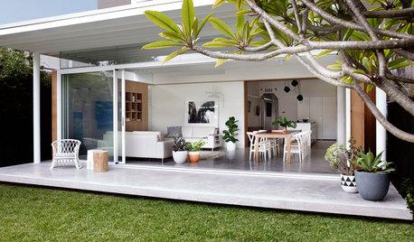 Houzz Tour: Two Art Deco Flats Become One Laid-Back Beach House