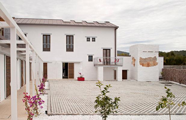 Arquitectura historias de casas tradicionales - Azulejos rusticos para patios ...