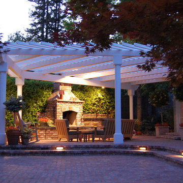 Cottage-Style Day and Evening Patio