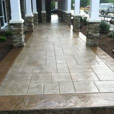 Traditional Patio by Swiss Village Concrete Ltd