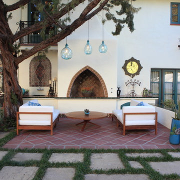 Courtyard Lounge