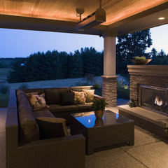 contemporary patio by Kaufman Homes, Inc.