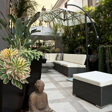 Contemporary Patio by Gregory Davis & Associates