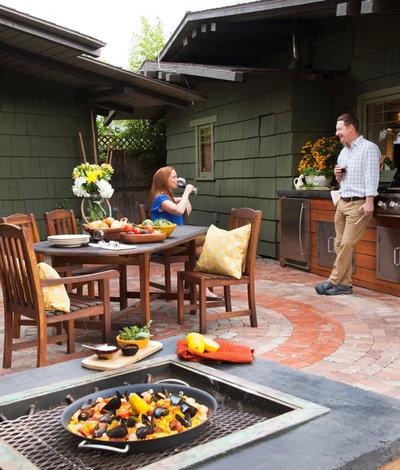 Craftsman Patio by Sage Outdoor Designs