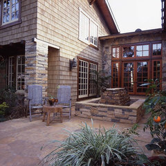 traditional patio by Sarah Barnard Design