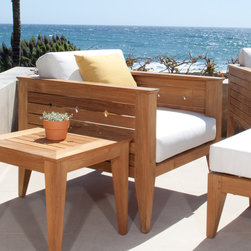 Craftsman Teak Lounge Chair - The Craftsman Teak Lounge Chair makes a bold statement in any environment.  The transitional design of this teak deep seating lounge chair affords its placement in just about any room or space; from outdoor loggia to the living room.