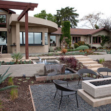 Contemporary Patio by Farrell Design Assoc Inc,