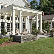 Farmhouse Patio by Crisp Architects