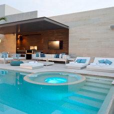 Contemporary Patio by Ba Design Group