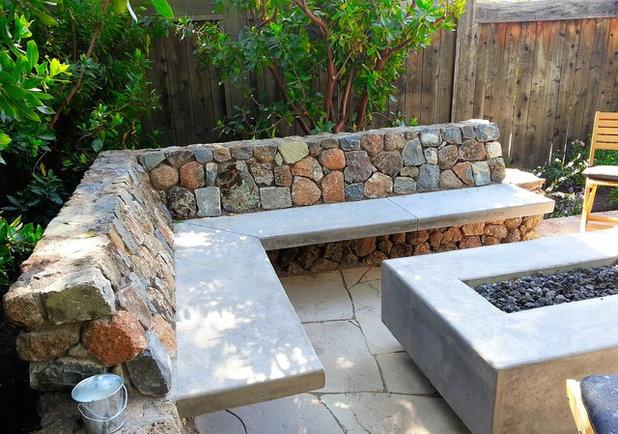 Craftsman Patio by Reyes Landscape Construction