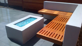 Custom Fire-pit w/ Surrounding Seat Wall Palo Alto
