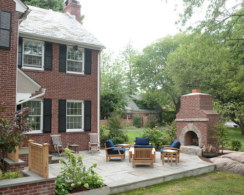 inspiration for an eclectic backyard stone landscaping in new york