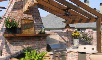 Custom Outdoor Kitchens and Patios