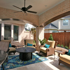 Traditional Patio by Sneller Custom Homes and Remodeling, LLC