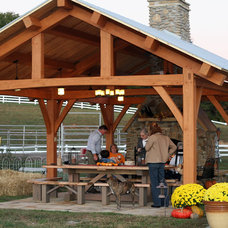 Traditional  by Homestead Timber Frames