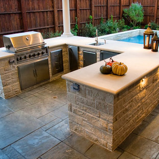 Dal-Rich Outdoor Kitchen and Grilling spaces