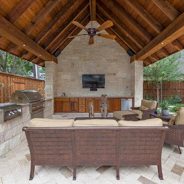 Dallas Backyard Pool & Retreat