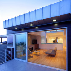 Modern Patio by Dean Nota Architect