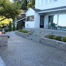 Traditional Patio by Lifespan Construction