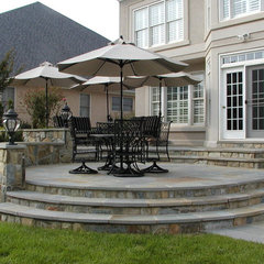 traditional patio by Berriz Design Build Group