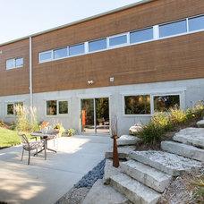 Modern Patio by Genesis Architecture, LLC.